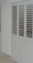 Plantation Shutters – Manchester Solid Base Louvre Top Room Dividers